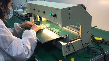 LED-schnitt Aluminiumplatten-V geschnittenes PWB-Trennzeichen/V Maschine PWBs Depaneling