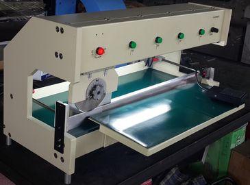 Breite der Nut V 0,8 Millimeter Moterized maximale Schneidlänge PWB-Schneidemaschine 630mm